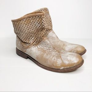 Bed Stu Distressed Cobbler Series Ankle Boots